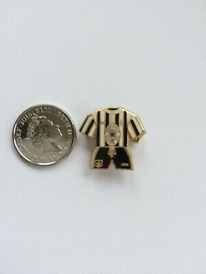 Newcastle United FC Kit Pin Badge 1995-1997 Home