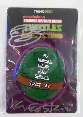 SDCC Comic Con 2019 Think Geek TMNT COWABUNGA! Pin signed by Kevin Eastman