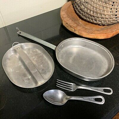 US WWII era 1944 Leyse Mess Kit including US Marked Stainless Fork and Spoon