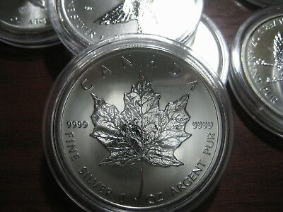 ( 5 ) 2014 Silver Canadian Maple Leaf 1-oz Fine 9999 $5 Five Dollars Coin