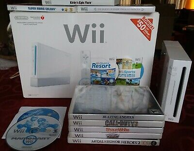 Nintendo Wii Console RVL-001 Bundle in Box w/ 10 Games, Cords, Controller