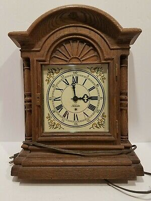Vintage Sunbeam 428A Series D Faux Wood Electric Chiming Mantle Clock Tested