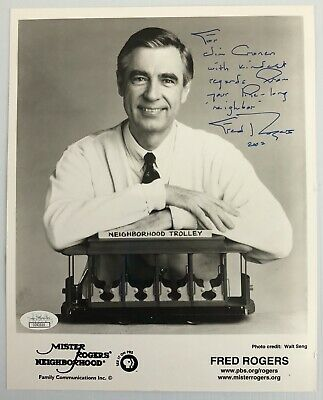 Fred Rogers Mr Mister Rogers Signed Autograph 8x10 B&W Photo JSA - FREE PRIORITY