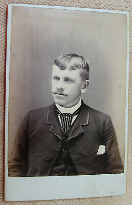 Antique Cabinet Photo Of A Handsome Dapper Young Man By Thos. Ryerse Buffalo Ny