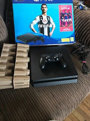 Sony PlayStation 4 500GB Jet Black Console with Payday 2 Bundle