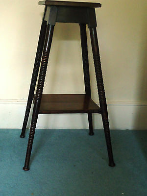 VICTORIAN Side/Occasional TABLE/Plant stand