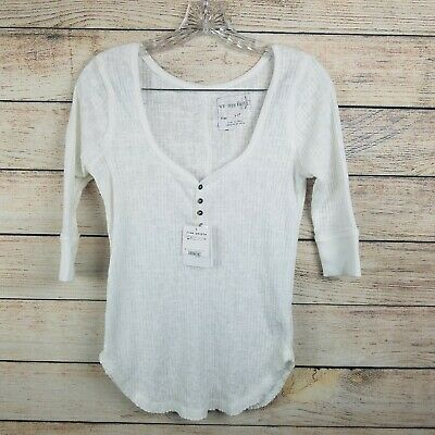 We the People Womens Small White Waffle Knit Curved Hem Henley 3/4 Sleeve Tshirt