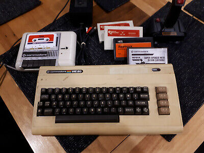 Commodore VIC-20 Vintage Complete Computer System - Tested & Working