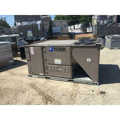 York Zf078C00N4Aaa5A 6.5 Ton Convertible Rooftop Air Condition 11.2 Eer 3-Phase