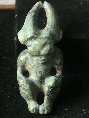 Chinese old natural Nephrite jade hand-carved hongshan *Sun god* pendant XO433