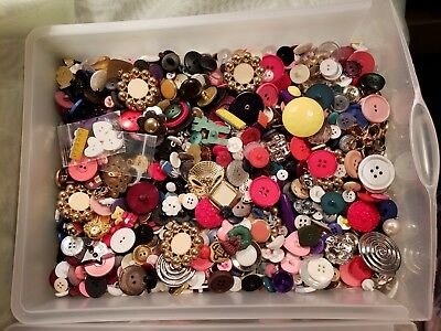 Lot of 100  Mixed Sewing Buttons Sewing, Crafts and Scrapbooking Vintage and New