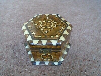 Vintage Collectable Decorated Small Trinket Box Ornate Storage Box