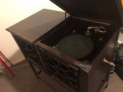 Unusual Vintage Phonograph - 1920s - Good Condition For Restoration