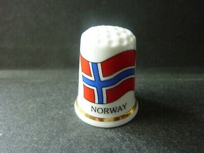 dé a coudre de collection en porcelaine ( DRAPEAU    NORWAY )