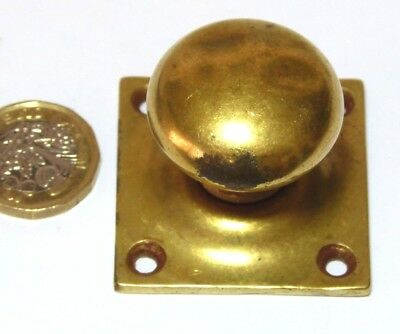 VINTAGE ANTIQUE SMALL BRASS KNOB CUPBOARD HANDLE WITH BACKPLATE 19thC
