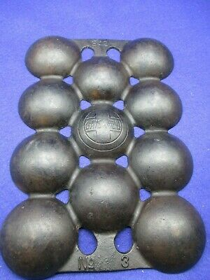 Griswold Cast Iron Slant P.N.942 No.3 Muffin Pan