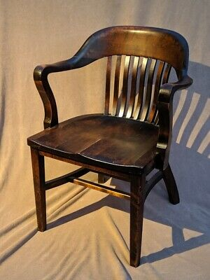 Antique Gunlocke Courthouse Lawyer Banker Chair Armchair