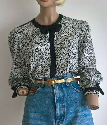 TRES BEAU Vintage 80's Leaf Pattern L/S  blouse with bow neck & sleeve cuffs S-M