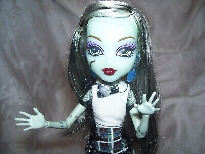 MONSTER HIGH DOLL GHOULS ALIVE  Frankie Stein LIGHTS AND SPARKING SOUNDS WORK