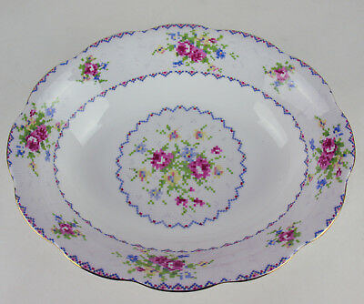 Oval Serving Bowl Royal Albert Petit Point vintage bone china England