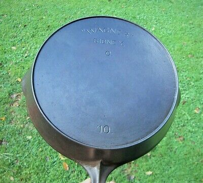 Antique Wagner Ware Cast Iron No 10 Skillet with Heat Ring
