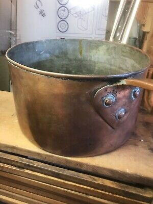 "Vintage copper pot cookware 9""Wide 5 1/4"" deep. Outstanding pan, dovetail bottom"