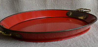 Altes rotes Metall Tablett oval mit Messinggriffen 37,5x31cm