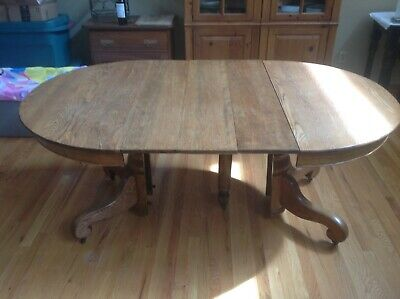 Beautiful Antique Victorian Quarter Sawn Oak Dining Table