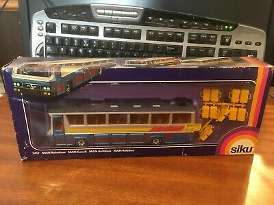 Siku 1/55 Scale 3417 MAN Coach - Boxed