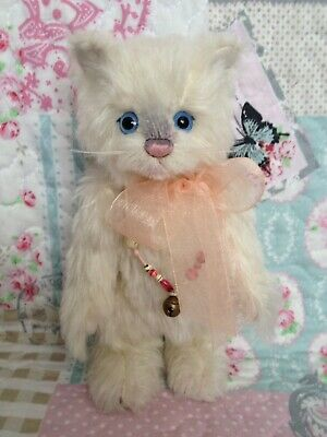 Charlie Bears Cora Kitten Cat ~ 2011 Minimo Bear ~ Sold Out Rare & Retired