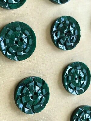 "Vintage Buttons 1930/'s 24 Jade Green 2-hole Flat Back Pin Wheel 3//4/"" Casein"