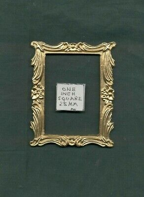 Picture Frame Set UMP26  cast polyresin  dollhouse miniatures  1//12 scale  3pc
