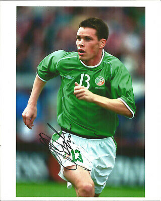 Steve Finnan Republic Of Ireland Footballer Autograph Signed Photograph F1673