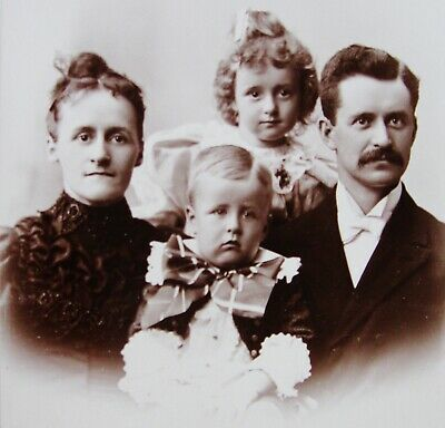 Antique Cabinet Photo Nice Portrait Of A Lovely Young Family Dayton Ohio