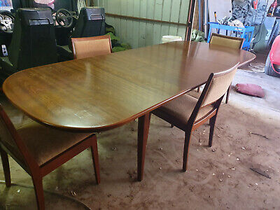 Vintage Extension Dining Table With 4 Chairs