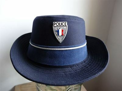 postillon police nationale femme France obsolète