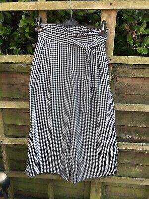 ZARA navy Gingham Culottes. 3 Quarter Trousers. Checked. Tie Waist. Size Small.