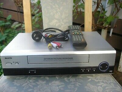 NEC VN-406 VCR with remote