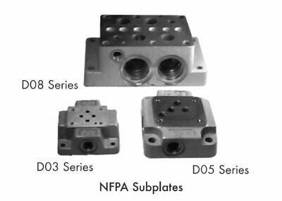 Chief D05 Subplate 1 Spool, 12 GPM, SAE 8 Outlet Ports, SAE 8 Work Ports, 220425
