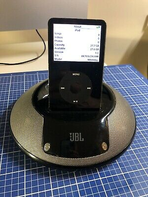 Apple iPod classic 5th Generation Black (30 GB)