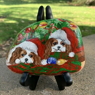 XMAS, Merry Christmas Gift Hand Paint Cocker Spaniels On Natural Rock US8049