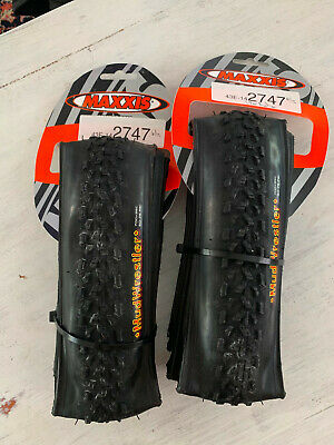 ONE PAIR BLUE MAXXIS RE-FUSE 700X23C ROAD FOLDING CLINCHER TIRES W//MAXX SHIELD
