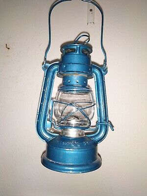 Petroleum Lampe, Laterne, MOON  LIGTH , CHINA , Glas mit Riss