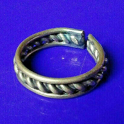Romain Ancient Old Bronze FABULOUS STATUS Ring Runic Ornament Fabulous