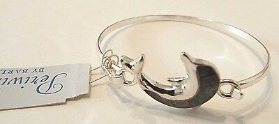 Periwinkle By Barlow Silver Plated Shinny Green Stone Dolphin Hook Bracelet $10