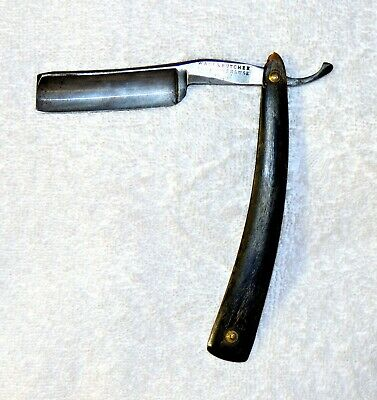 ANTIQUE WADE & BUTCHER - SHEFFIELD STRAIGHT RAZOR And CASE