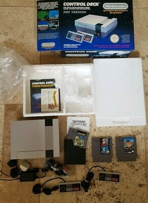 Boxed Nintendo Entertainment System NES console + 3 games EXCELLENT CONDITION