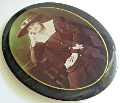 """ANTIQUE LAMINATED METAL TIN PICTURE Frame Standing Oval 7 3/4"""" Lady"""