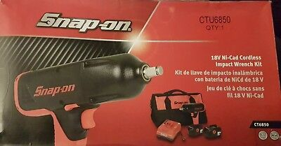 "Snapon CT6850 1/2"" 13mm battery impact gun wrench kit 2 batteries, charger & bag"