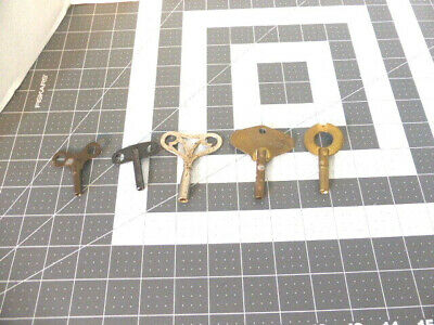 Lot of 5 Antique Vintage Asstd Clock Keys Various Sizes & Shapes British Swiss